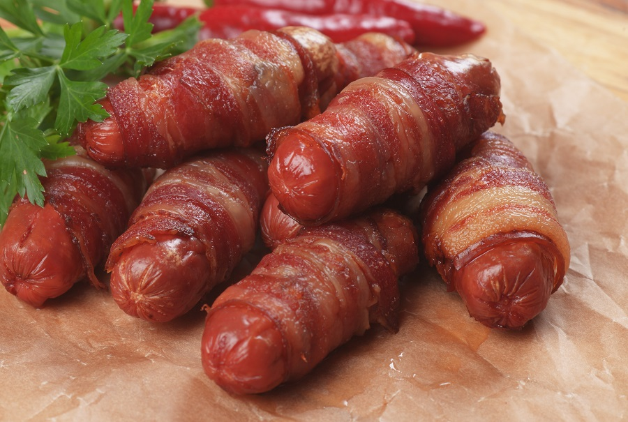 Pigs Blankets Cropped Lrg 900px w